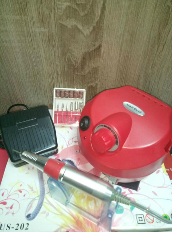 Аппарат для маникюра и педикюра DM-202 (красный), 35 тыс. об/мин