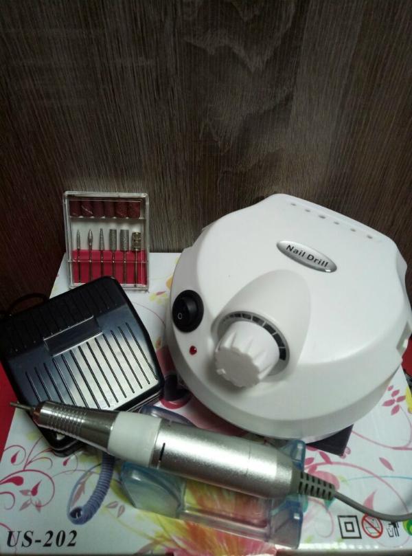 Аппарат для маникюра и педикюра DM-999 (белый), 35 тыс. об/мин